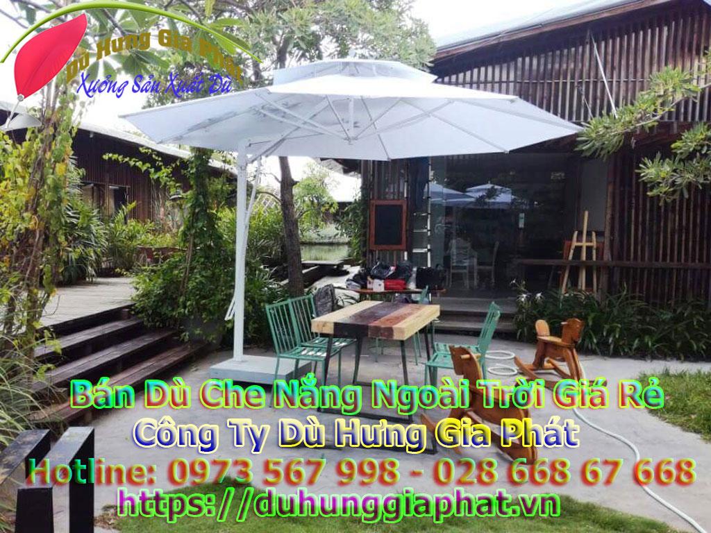 Ô Dù Che Nắng Mưa Quán Cafe Sân Vườn Giá Rẻ Tại TP.HCM