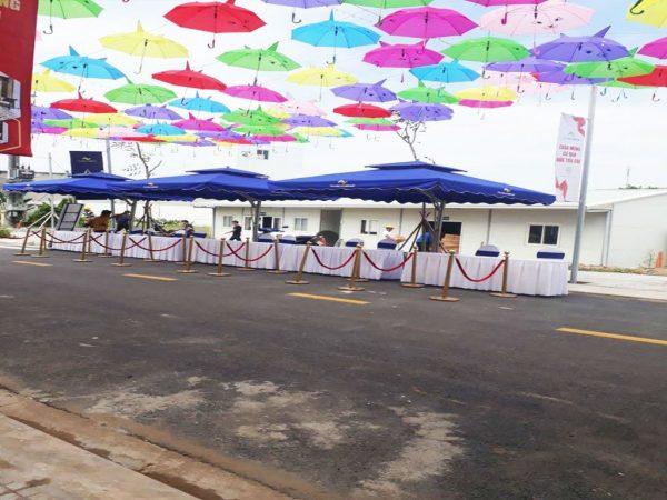 Dù Lệch Tâm Vuông Che Quán Cafe 3.5m
